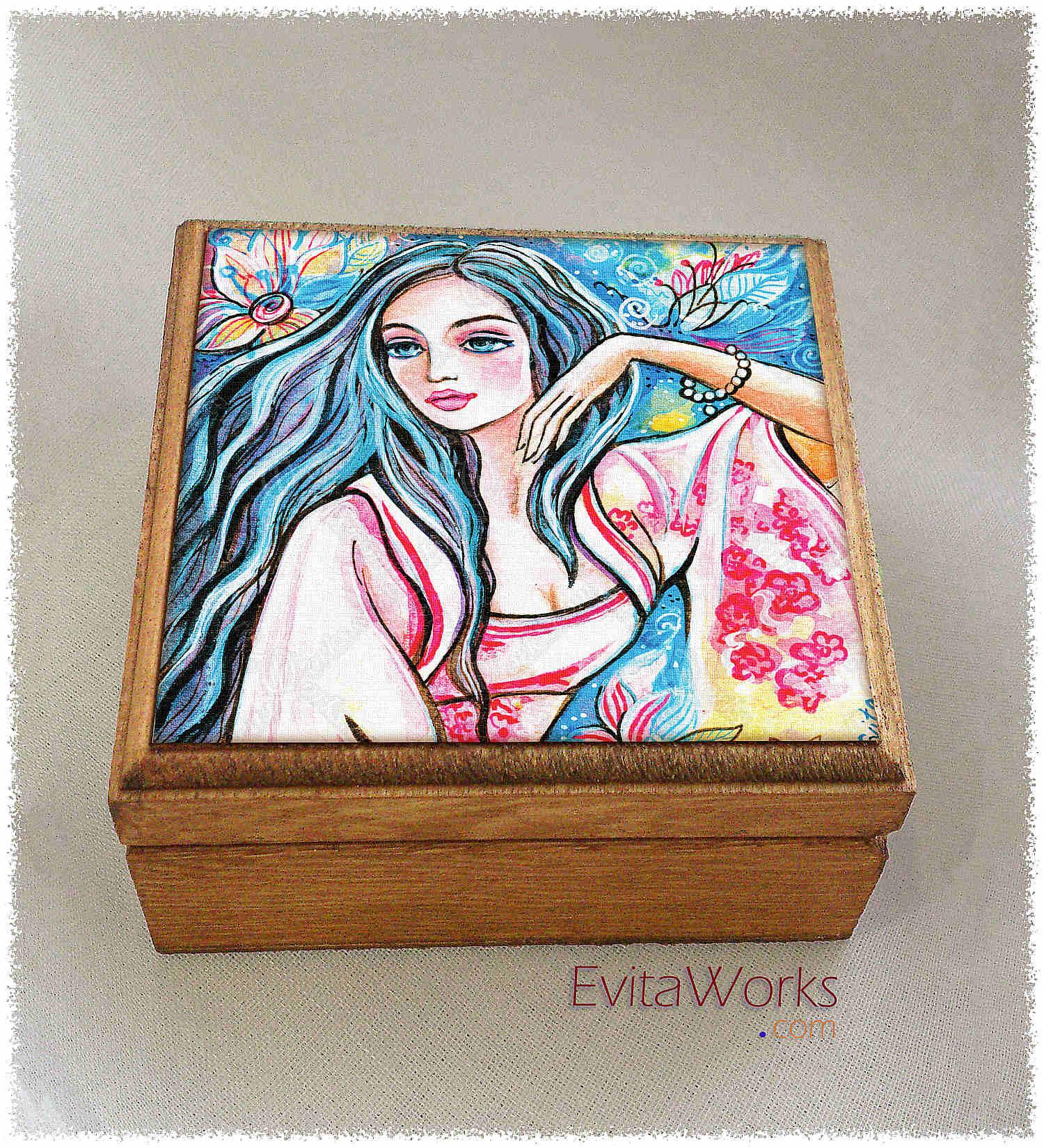 East Woman 08 Boxsq ~ EvitaWorks